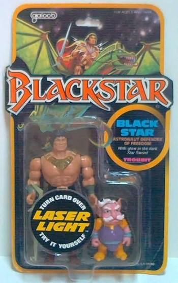La compañia Galoob lanzó una línea de juguetes de Blackstar, aun después del fin de la serie, aprovechando la popularidad de He-Man.